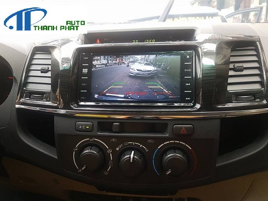 camera-lui-xe-fortuner