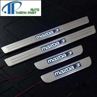 Bệ Bước Chống Trầy Mazda 3