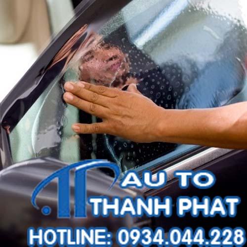 Dán Phim Cách Nhiệt Cho Xe Ford Escape Tại Tphcm