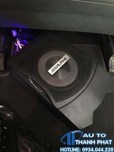 Gắn Loa Sub Cho Xe Chevrolet Colorado Tại Thành Phát Auto