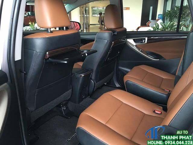 ghế xe inova 2017