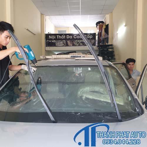Dán phim cách nhiệt cho xe Vinfasrt fadil